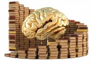 11885163-cervello-d-39-oro-con-pile-di-libri-isolato-su-bianco--isolato-su-bianco