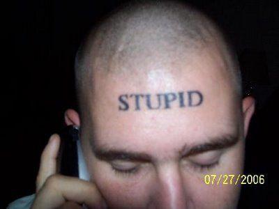 tatuaggi più brutti scritta