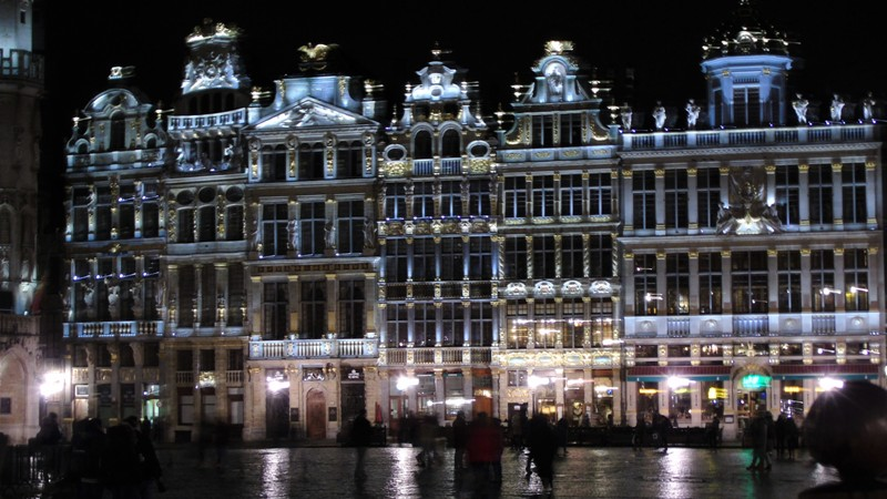 weekend a bruxelles grand place notte