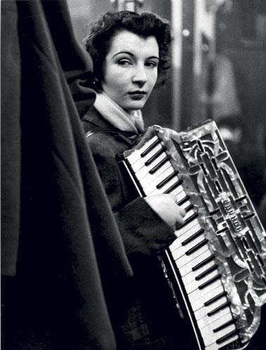 La ballata di Pierrette d'Orient, 1953 robert doisneau