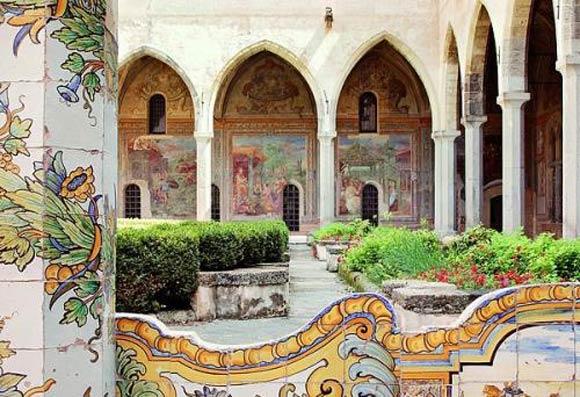 Monastero di Santa Chiara Napoli è una poesia