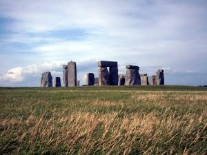 Stonehenge_by_eqgroove