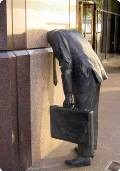 The business man - sculture moderne