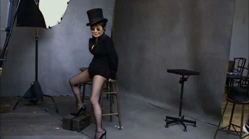 Yoko Ono Pirelli