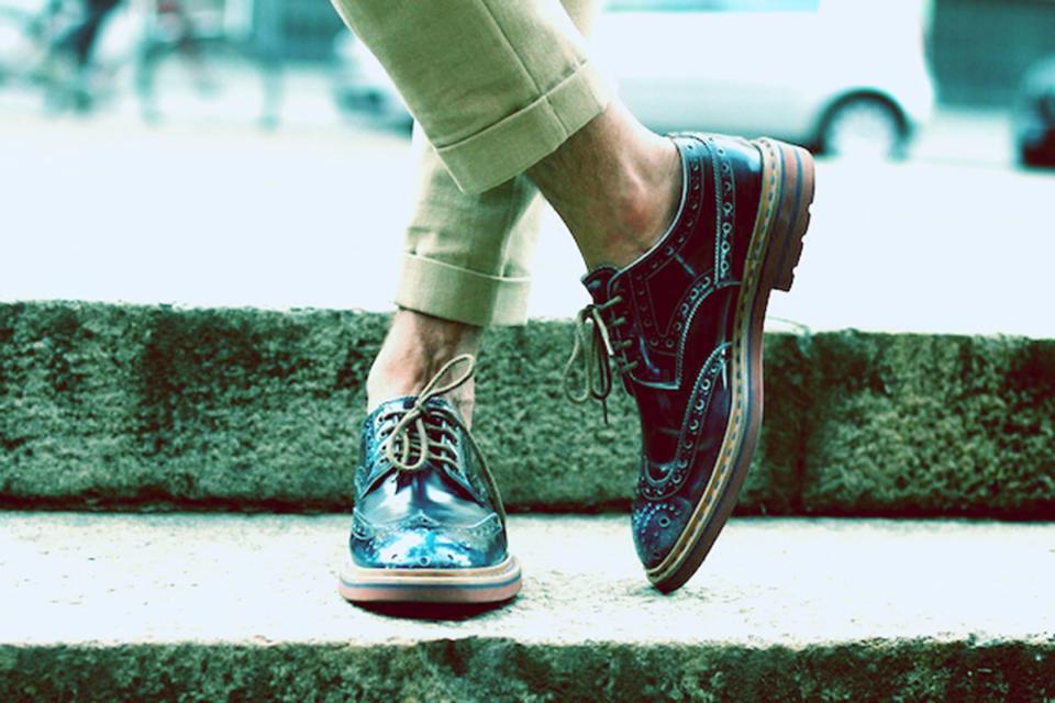 Abbigliamento uomo capi indispensabili nell armadio di for Scarpe inglesi famose