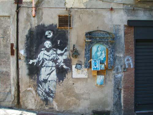 banksy madonna con pistola