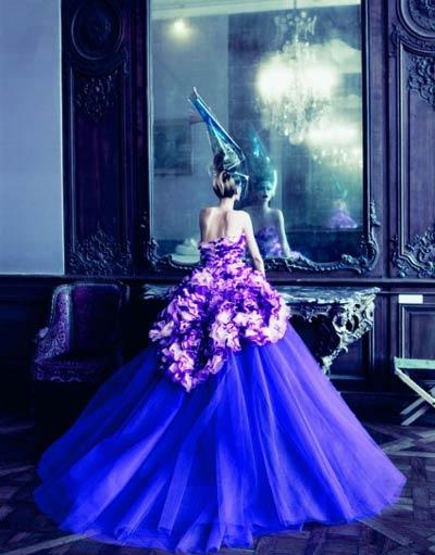 vestirsi di viola significato
